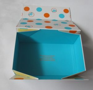 OEM Clothing Packing Box with Different Materials pictures & photos