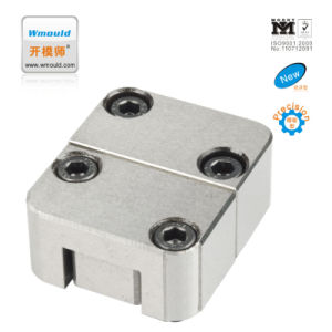 Factory Direct Sales Plastic Injection Mould Component Square Interlocks pictures & photos
