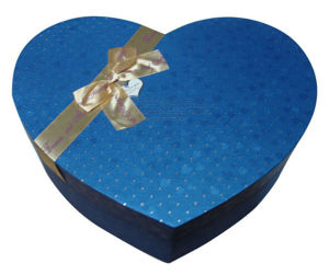 Birthday Gifts Packaging Box with Rhinestones (GB-022) pictures & photos