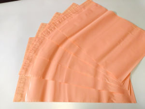 Custom Waterproof Pink Plastic Bag for Packing pictures & photos