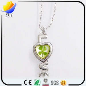 925 Silver Clover Amber Necklace Pendant pictures & photos