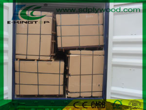 Film Faced Plywood Size 1220X2440X18mm Load Into Container pictures & photos