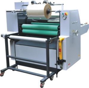 Manually Flute Laminating Machine (YDFM-920A) pictures & photos