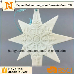 Handmade Fashion Customized Christmas Ceramic Hanging Ornament pictures & photos
