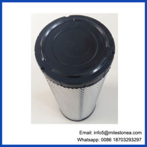 Manufacturer Good Quality Sakura Truck Air Filter A5541m-S pictures & photos