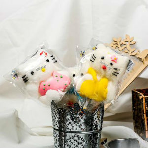 3D Carton Hello Kitty Shape Toy Lollipop Candy pictures & photos