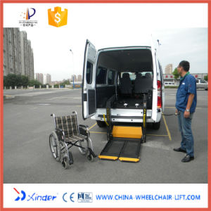 Hydraulic Wheelchair Car Lift for Disabled Passenger pictures & photos