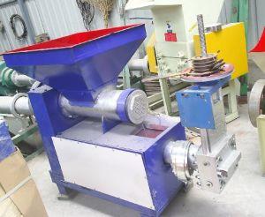 EPE Foam Plastic Granulator Machine pictures & photos