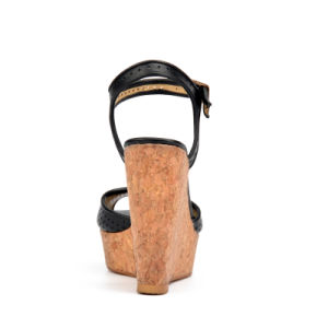 2017 Lady Hollow-out High Heels Women Casual Cork Wedge Sandals pictures & photos