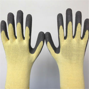 10g Poly Glove with Wrinkle Latex Coating pictures & photos