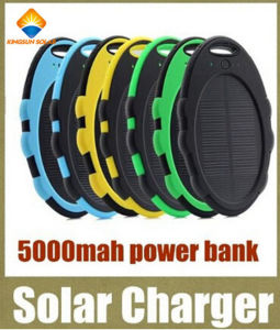External Backup Battery Waterproof 5000mAh Solar Power Bank pictures & photos
