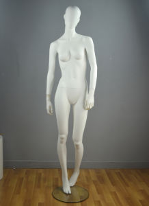 Latest European Fiberglass Female Mannequin for Boutique Display pictures & photos