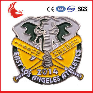 Zhongshan Professional Produce Full Color Enamel Badge pictures & photos