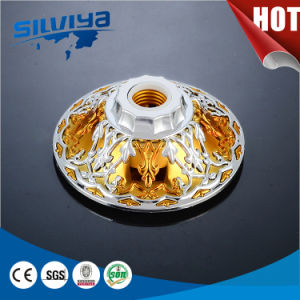 New Design! High Quality E27 and B22 Lamp Socket pictures & photos