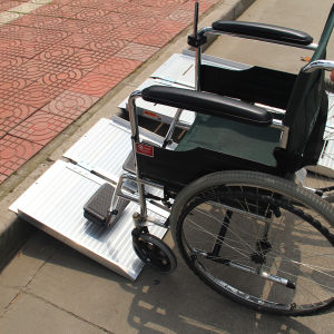 Folding Portable High Quality Wheelchair Ramp pictures & photos