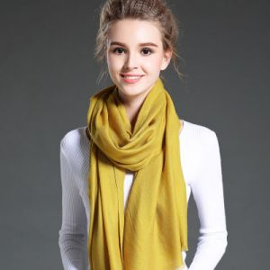 Female White Twill Wool Scarf pictures & photos