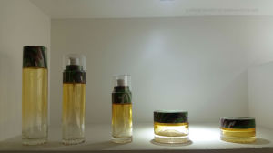 The Reliable Quality Glass Bottle for Packaging Material Manufacturers Qf-057 pictures & photos