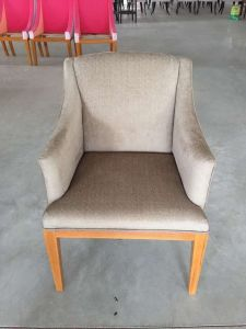 Chair/Foshan Hotel Furniture/Restaurant Chair/Foshan Hotel Chair/Solid Wood Frame Chair/Dining Chair (NCHC-003) pictures & photos