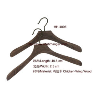 Chicken-Wing Wood Natural Wooden Hanger pictures & photos
