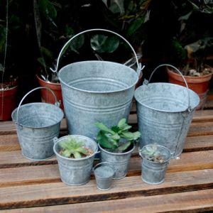 Hot -Sale Galvanized Metal Garden Buckets pictures & photos