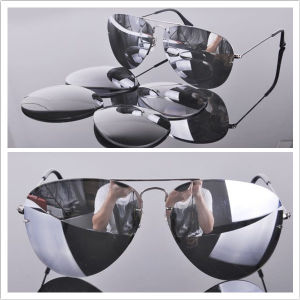 Man′s Sunglasses /UV 400 Protection/ Glasses Lens pictures & photos