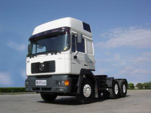 2017 New Model Shacman 6X4 420HP Tractor Truck Hot Sale pictures & photos