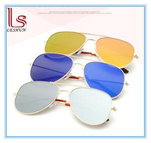 Wholesale Fashion Color Reflective Mirror Sunglasses pictures & photos