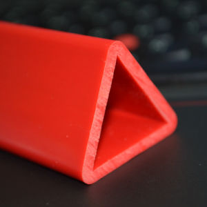 Triangle Shape Plastic Products Ds-1168 pictures & photos