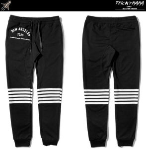 Men Knee Stripe Jogger Pants Casual Black Sweatpants pictures & photos