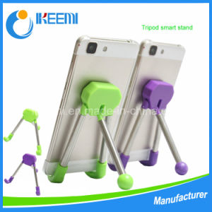 Factory Price Flexible Portable Tripod Stand for Mobile Phone pictures & photos