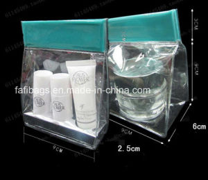 PVC Clear Buckle Handle Packing Bag for Cosmetic pictures & photos