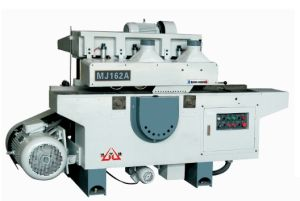 45 /90 Degree Panel Saw for Door pictures & photos
