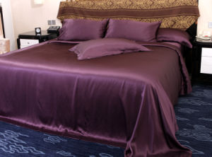 High Quality 100% Mulberry Silk Bedding Set pictures & photos