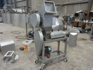 Full Automatic Pear Grinder with Juicer Extractor Machine pictures & photos