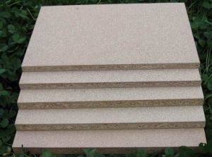 High Quality Particle Board/Chipboard pictures & photos