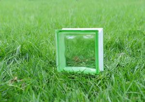 Beautiful Green Cloudy Glass Brick (JINBO) pictures & photos