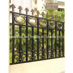 China Power Coated Ornamental Aluminum Picket Garden Fence pictures & photos