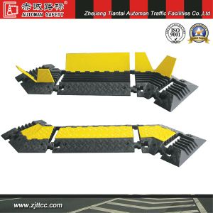 Industrial Rubber Car Speed Safety Cabling Protectors & Traffic Calming Devices for Corner (CC-B13) pictures & photos