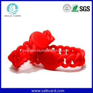 Logo Printing Lf/Hf/UHF Custom Silicone Wristbands pictures & photos