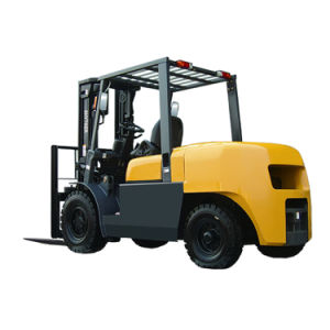 4.5ton Diesel Type Forklift on Sale pictures & photos