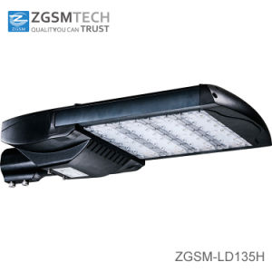 IP66 Ik10 135W LED Street Lighting with UL Dlc Approved pictures & photos