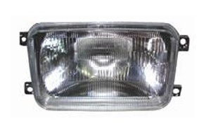 Volvo Florida Head Lamp 10 ′87-′92 Truck Lamp pictures & photos