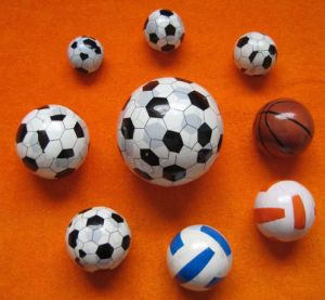 Various Ball Design Compressed Towel (YT-608) pictures & photos