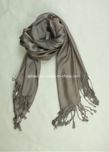 Acrylic Solid Dyed Cashmere Scarf Shawl (ABF22004024) pictures & photos