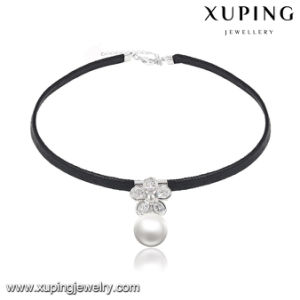 00131 Fashion Zircon Handmade Ribbon Choker with Pearl pictures & photos