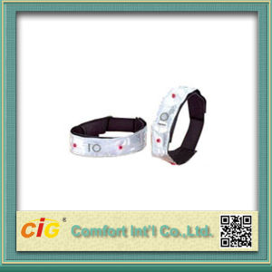 Red LED Visibility Flashing Safety Armband Cycling Jogging Walking Reflective LED Armband pictures & photos