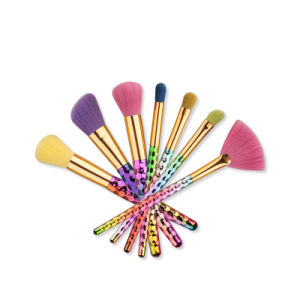 2017 Newest 7PCS Rainbow Handle Makeup Brush Sets pictures & photos