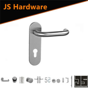 China Stainless Steel Door Handle on Plate
