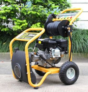 New Model Petrol Engine Hot Selling Portable High Pressure Pressure Washer pictures & photos