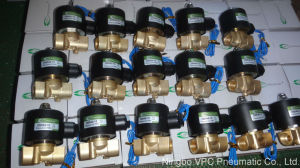 "U. S. Solid 12VDC N/C Viton Water Air Fuel 1/4"" Brass Electric Solenoid Valve pictures & photos"